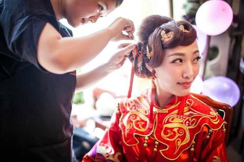 中式婚礼新娘妆化妆步骤