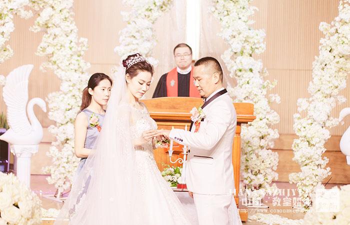 济南教堂婚礼案例_白色系