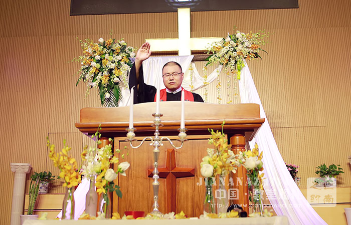 济南教堂婚礼案例-绿色系