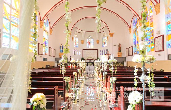济南辛匍教堂婚礼