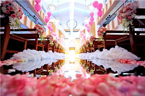 济南裕忠里教堂婚礼图片