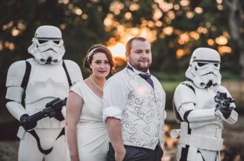 《星球大战》超级粉丝的理想婚礼