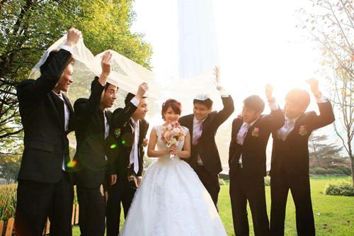 婚礼拍摄视频的技巧 怎样拍好婚礼录像