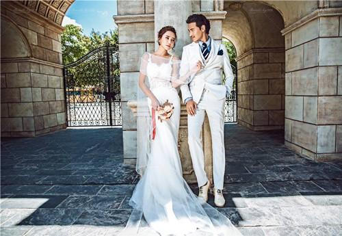 如何挑选婚纱六法则 济南婚庆公司为您分享