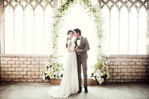 新娘穿婚纱的注意事项 济南迦南之约为您分享