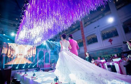 新人选择婚礼酒店应该注意的事项_济南婚礼为您分享