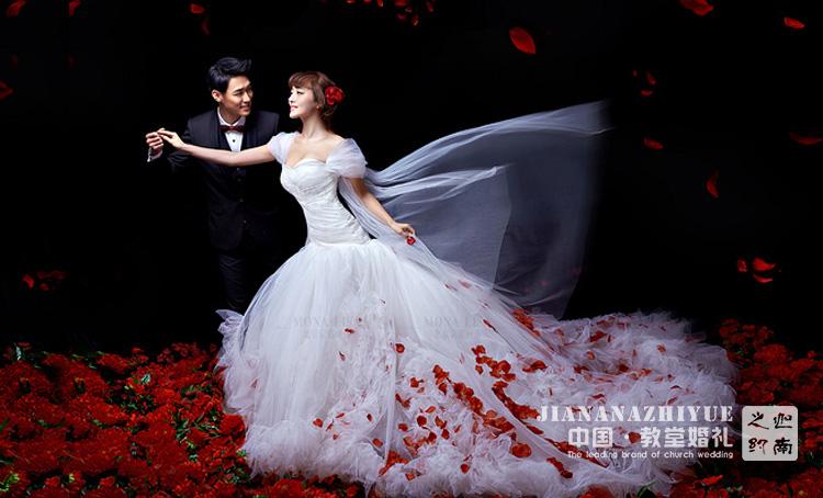 婚礼出场创意—济南婚庆公司