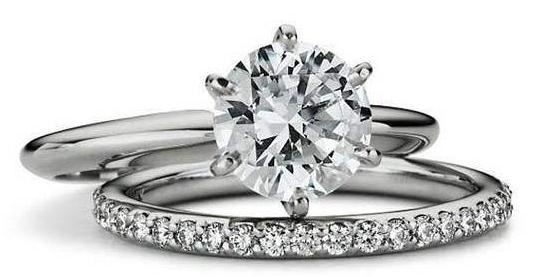 铂金戒指的保养技巧