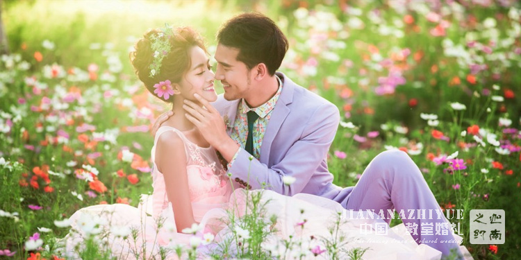 怎么搞定一场完美的草坪婚礼