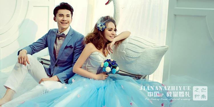 新娘的敬酒服有哪些款式